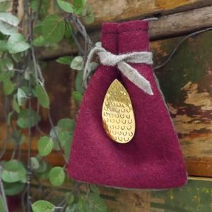 SAJAVAT サジャバ  マンゴーの真鍮ブローチ  MADE IN INDIA  真鍮  W2.2...