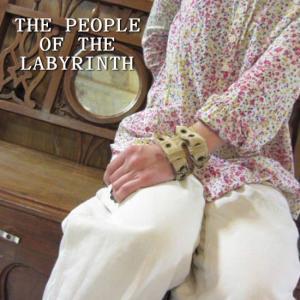 THE PEOPLE OF THE LABYRINTH ピープルオブザラビリンス ゴートレザー スタッズブレスレット ベージュ オランダ 山羊革|abracadabra