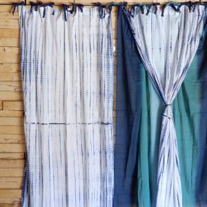 TOPANGA Shibori Curtain シボリカーテン W110xH180cm 白x紺|abracadabra