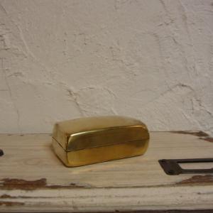 蚤の市で見つけた真鍮BOX レクタングルBOX レクタングル|abracadabra