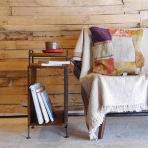 鉄と木のボックス付きサイドテーブル|abracadabra