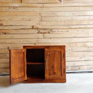 シーシャムウッド 扉付きサイドボード|abracadabra