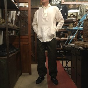 LOLO(ロロ) リネン定番のプルオーバーシャツ オフホワイト|abracadabra