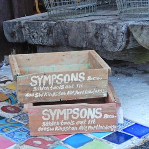 WOODEN SPOOL BOX SYMPSONS abracadabra