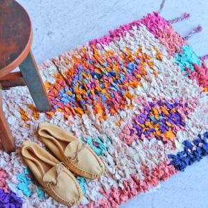TOPANGA INTERIOR 手織りのカラフルスモールマット メクネス  60×90cm|abracadabra