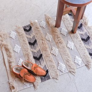 TOPANGA INTERIOR 手織りのコットンスモールマット ミデル 60×90cm|abracadabra