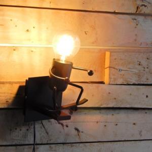 TOPANGA LIGHTING  ヒューマンブラケットランプ スケーター abracadabra
