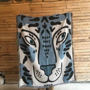 ホワイトタイガーのお顔スローケット 120×150cm|abracadabra