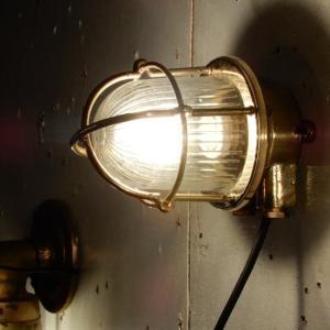 TOPANGA INTERIOR アンティークブラス TINNYブラケットランプ ストライプシェード|abracadabra
