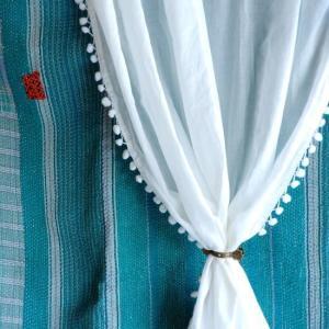 TOPANGA INTERIOR COTTON VOILE POMPOM CURTAIN コットンボイルポンポンカーテン W105xH100cm 2枚セット|abracadabra