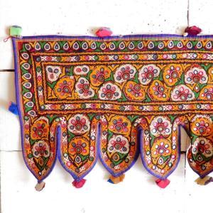 グジャラートミラー刺繍トーラン タイプE|abracadabra