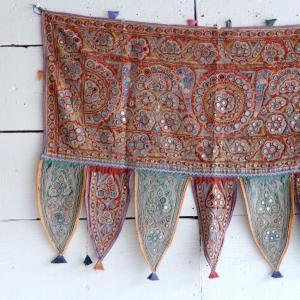 グジャラートミラー刺繍トーラン タイプB|abracadabra