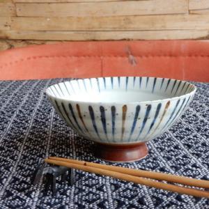 美濃焼 刷毛巻十草 丸型大平茶碗 14.5cm|abracadabra