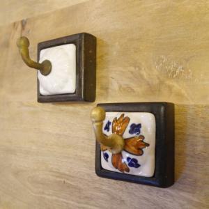 真鍮と陶器のフック 全2種|abracadabra