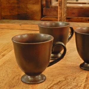 美濃焼 茶艶高台マグカップ|abracadabra