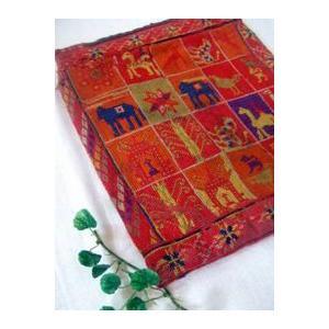 インドクロスステッチ刺繍の古布(26×32cm)|abracadabra
