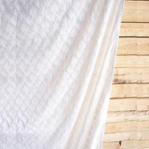 カットワークカーテン クレスト 110x180cm 全2色|abracadabra