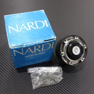 NARDI ナルディ ステアリングボス ホーンボタン付き RENAULT / COD4010 / NEW OLD STOCK|ac-minds-aj