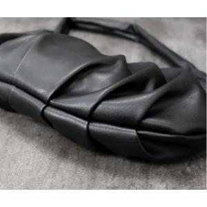 ボディバッグ レディース きれいめ 大人 ショルダーバッグ ポシェット 斜め掛け 軽量 餃子バッグ プリーツバッグ 大きめ|accessoriesgrace|07