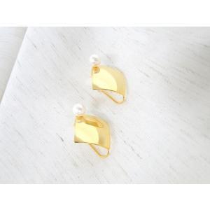 痛くないイヤリング スクエア ピナチョコ|accessoryjapan