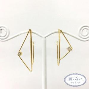 痛くないイヤリング ワイヤーアート アシンメトリートライアングル ゴールド ピナチョコ|accessoryjapan