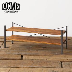 ACMEオリジナルのテレビシェルフ。アイアンとウッドを組み合わせ、インダストリアルな雰囲気を演出した...