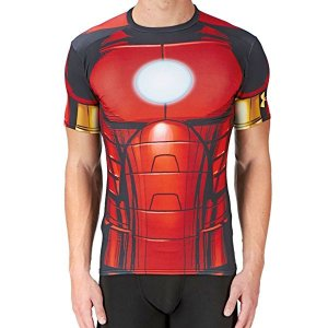 まるで第二の皮膚のような超タイトなフィット感のシャツは、UA圧縮のヒートギア・ファブリックで一日中快...