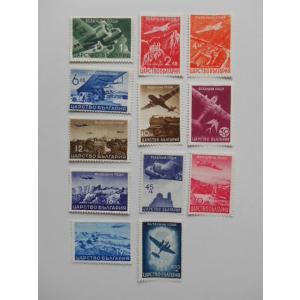 1940年2月発行のブルガリアの切手「航空便」です。   1lv.:飛び立つ飛行機 2lv.:アセノ...