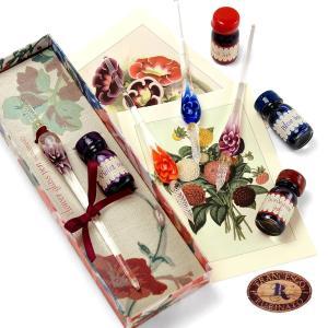 ヴェネツィアガラス製のペン+インクのセット。透明なガラスの中に可憐な花を咲かせたおしゃれなデザイン。...
