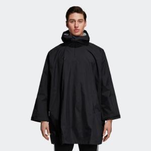 ジップポケットに畳んで収納できる、撥水性ポンチョ。 雨、風、雪の日もサッカーのスタイリングを見せつけ...