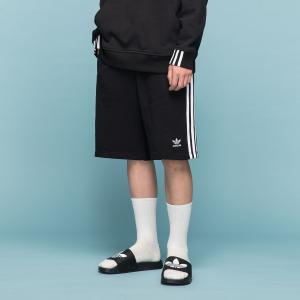 返品可 アディダス公式 ウェア ボトムス adidas 3ストライプ ショーツ[アディカラー/adicolor]|adidas