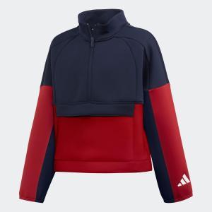 快適に身体を包む短め丈のトラックジャケット。 トレーニングの合間に着たい、スポーツに傾ける情熱を全面...
