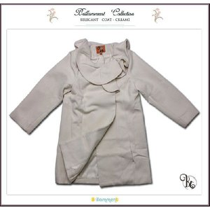 子ども服 コート クリーム1 子供服 フォーマルに映えるフリル襟英国テイストのAライン(JPBt) 優雅な気品で魅せる 100-125cm|adorable