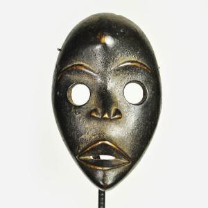 ≪アフロX'mas SALE 20%OFF≫◎ダン族マスク(アフリカ 仮面 木彫品 インテリア)|afromode