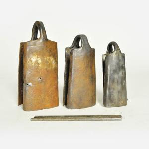 ◎鉄ベル デュンデュン用(3点セット)ギニア製≪ゴング アコゴ カウベル アフリカの楽器≫|afromode