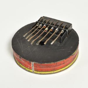 ●カリンバ トマト缶(丸型)≪アフリカの楽器≫ブルキナファソ産|afromode