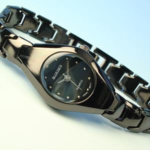 【訳あり:電池切れの場合あり】BLUE DICE腕時計♪セレブに大人気のオールブラック加工♪|again