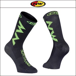NORTHWAVE/ノースウェーブ  EXTREME AIR SOCKS  エクストリーム エアー ソックス BLACK/GREEN FLUO|agbicycle