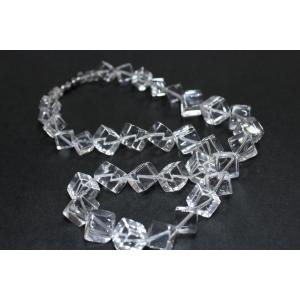 キューブ型水晶ネックレス|ai-inori