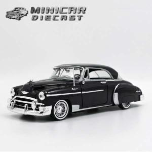 ミニカー 1/24 箱入り 1950 CHEVROLET B...