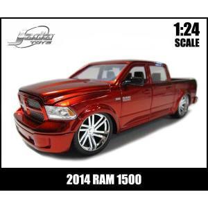 ミニカー 1/24 箱入り 2014 RAM 1500 CUSTOM EDITION キャンディレッド ダッジラム DODGE アメ車|aicamu