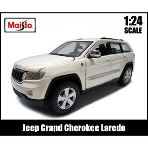 ミニカー 1/24 箱入り Jeep Grand Cherokee Laredo クリームホワイト ジープ グランドチェロキー ラレード|aicamu