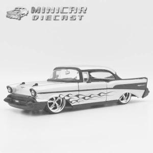 ミニカー 1/24 箱入り 1957 CHEVY BELAIR ドラッグ仕様 レッド アメ車 シェビーベルエア|aicamu