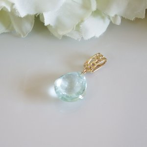 透かし模様バチカン アクアマリン(大) K10ゴールドペンダントトップ(ヘッド)1点もの|airejewelry