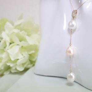 透かし模様バチカン 淡水パール三連ロング K10ゴールドペンダントトップ(ヘッド) 1点物|airejewelry