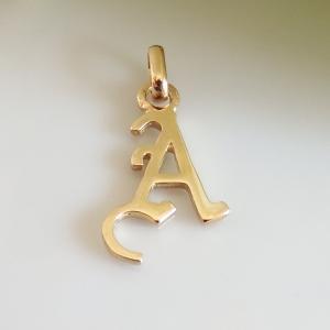 イニシャルペンダントトップ A K18ゴールド レディース |airejewelry