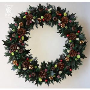 クリスマスリース、オーソドックスなヒイラギの葉と赤い実、葉は...
