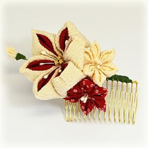 手作り つまみ細工/髪飾り 花 和装小物 ヘアアクセサリー コーム(代引不可)|ajewelry