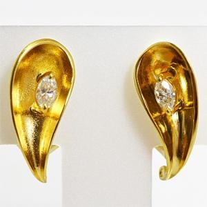 Pierre Cardin(ピエールカルダン) K18ゴールド ダイヤモンド デザインイヤリング PCE084(代引不可) ajewelry