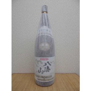 日本酒 八海山 本醸造 1.8L瓶の商品画像|ナビ